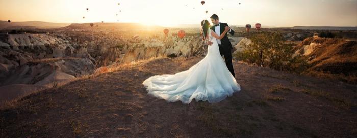 Hochzeit in der weißen Stretchlimousine - exclusiv und edel in Berlin