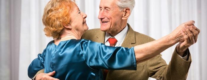 goldene Hochzeit nach 50 Jahren Ehe, spendiere deinen Großeltern etwas besonderes - eine Fahrt mit einer Limousine